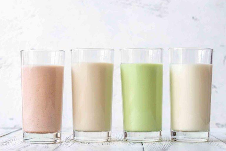 il latte e i latte vegetali